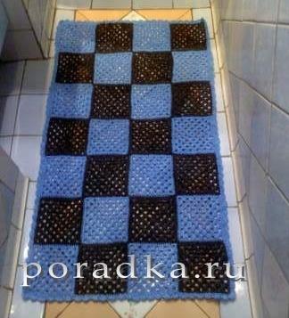вязаный коврик для ванной